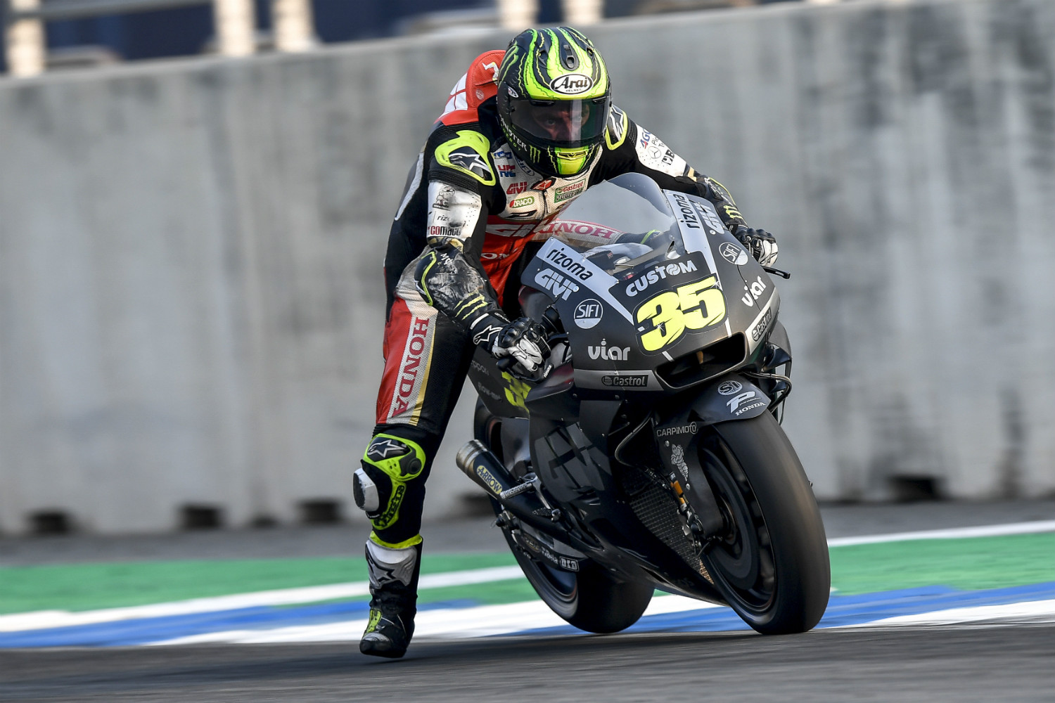 Brit Cal Crutchlow led the way on Day 1 (MotoGP)